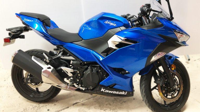 Decals - Motorcycle - Kawasaki Ninja 400 - Before-Side - Vinyl Wrap Toronto - Racing Stripes - Vehicle Wrap in GTA