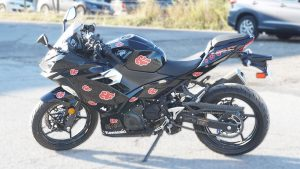 Motorcycle Naruto Decals Kawasaki Ninja 400 - VinylWrapToronto.com - Vehicle Wrap in GTA - Avery Dennison - 3M - Side 1