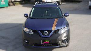 Nissan Rogue 2014 - Full Vinyl Wrap - Stripes - VinylWrapToronto.com - Best Vehicle Wrap in Toronto - Front - decals for cars