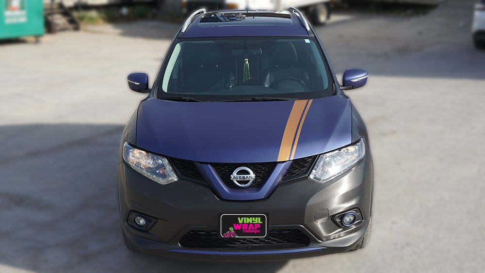 Nissan Rogue 2014 - Full Vinyl Wrap - Stripes - VinylWrapToronto.com - Best Vehicle Wrap in Toronto - Front