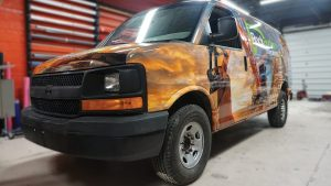 Chevrolet Express 2010 - VinylWrapToronto.com - Full Van Wrap - RockBottom Cosntuction - Custom Vehicle Wrap - Avery Dennison - Front Side 2