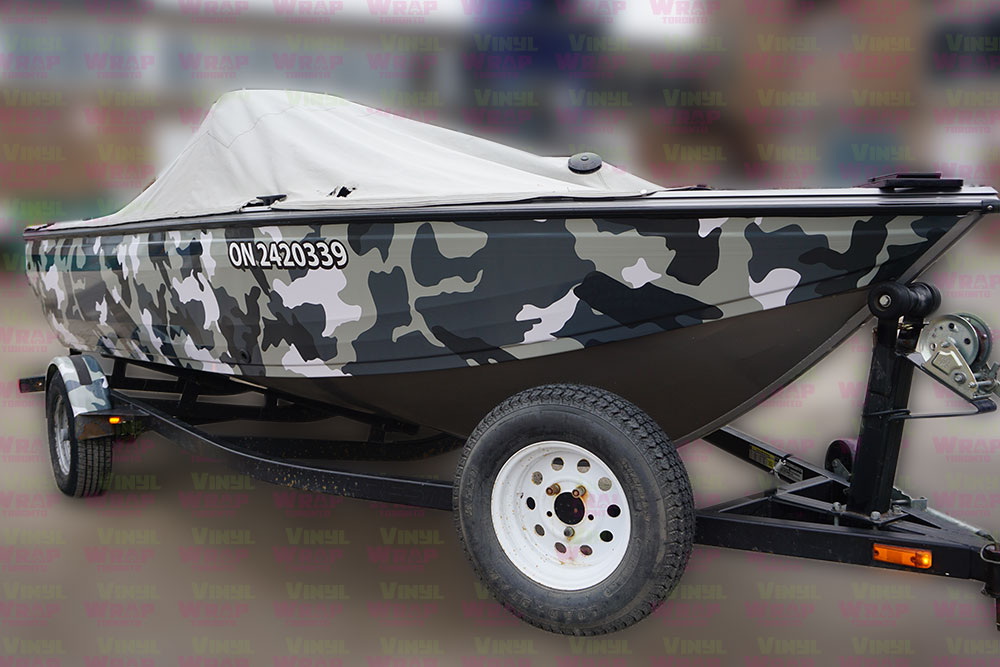 16 Foot 2007 Crestliner Boat - Full Boat Wrap - Custom Camouflage Vinyl Boat Wrap - VinylWrapToronto.com - Lettering & Decals - Best in GTA - Side Front Closeup