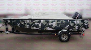 16 Foot 2007 Crestliner Boat - Full Boat Wrap - Custom Camouflage Vinyl Boat Wrap - VinylWrapToronto.com - Lettering & Decals - Best in GTA - Side